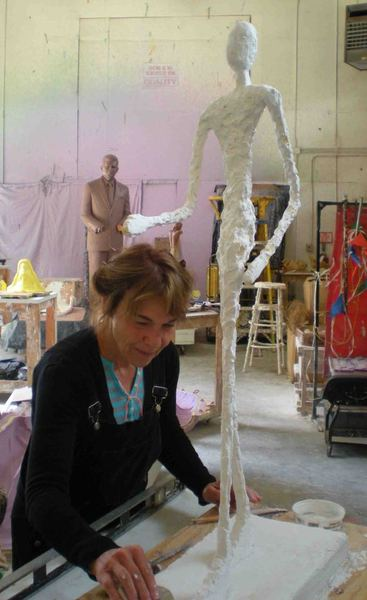 Walking Man - in Memoriam Giacometti - artist @ work