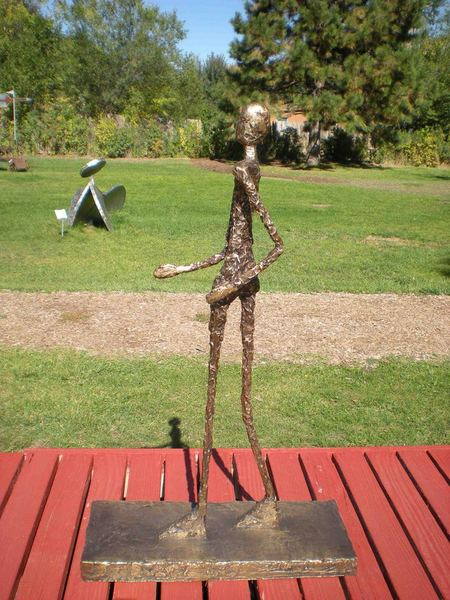 Walking Man - in Memoriam Giacometti